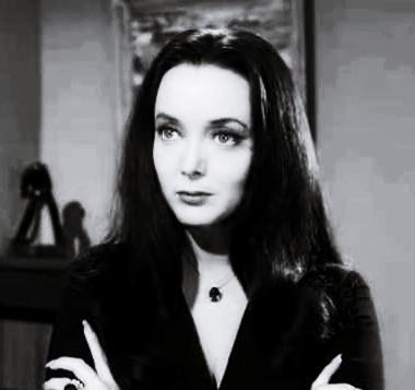 Morticia-Addams-addams-family-5683828-380-357